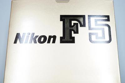 尼康 Nikon F5 相机(包装附件齐全)