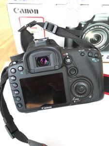 佳能 canon 7D套机 配EF-S 15-85镜头 外加
