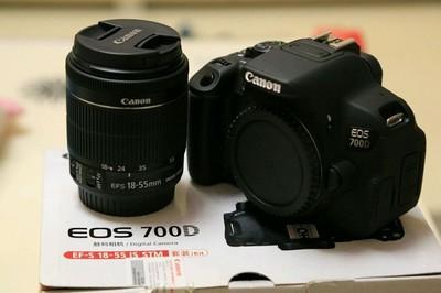 佳能700D  18-55镜头