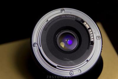 佳能EF 40mm f/2.8 STM定焦
