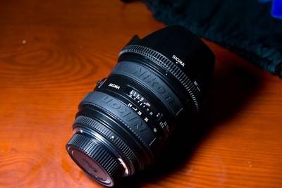 尼康口适马24-70mm f/2.8 EX DG HSM