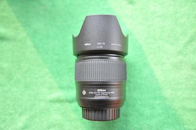 尼康全画幅35mm1.8定焦镜头