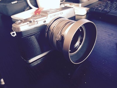 Olympus EP5,附带17 1.8镜头。另有45 1.