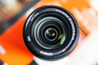 索尼/SONY DT16-80/3.5-4.5 ZA自动镜头 有800元镜片新年礼品