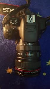 出佳能700D带24-105镜头