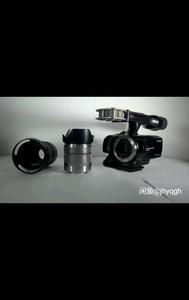 索尼 NEX-VG30 带2个镜头 若干电池 所有配件  不干了  甩