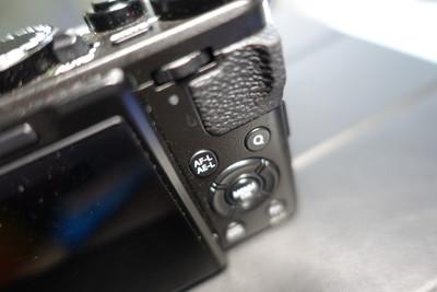 富士 X70
