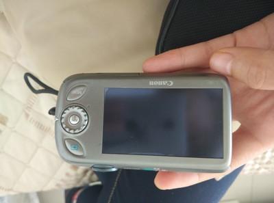 佳能ixus110is卡片机  含相机包电池充电器内存卡