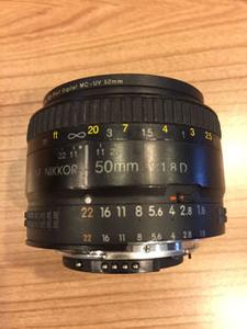 低价转让 尼康50mm 1:1.8D镜头