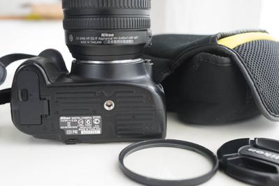 尼康 D5100搭配18-105防抖镜头(套机一起出)