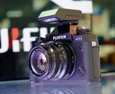 出售富士 X-T1 、23mm/1.4 、56mm/1.2