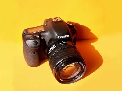 转让个人使用的佳能 EOS 7D+原厂EFS15-85mm防抖镜头