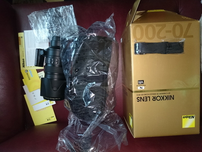 Nikon尼康70-200/2.8G VR II ,国行去年买 可广州佛山江门当面交