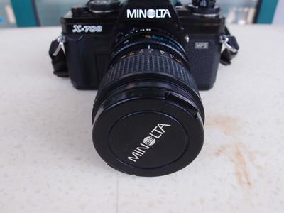 美能达 Minolta X-700九成新机身+28-70原厂微距变焦头+闪光灯
