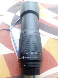 自用99新,镜片新净,尼康 AF 70-300mm f/4-5.6G,有购机发票,