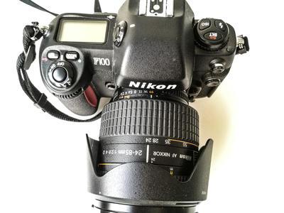 Nikon F100出售
