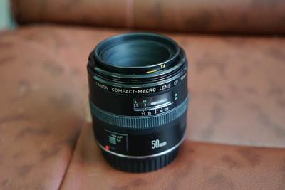 佳能 EF 50mm f/2.5微距