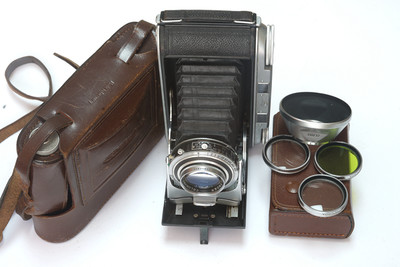 福伦达 Bessa II Color-Heliar 105/4.5 遮光罩滤镜大套