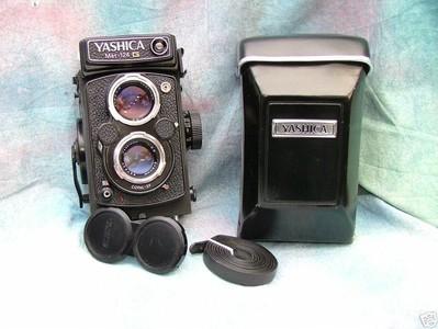 一代名机[雅西卡Yashica-Mat 124 G ]连原厂皮套、双背带、镜头盖