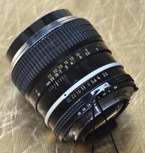 出尼康经典手动镜头 ai口 105 2.5可置换闪光灯SB700或900、910