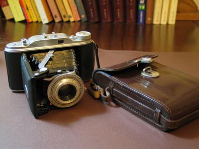 闲置转让三个120胶片相机:AGFA RECORD II,EUMIG,PRECISA IIa
