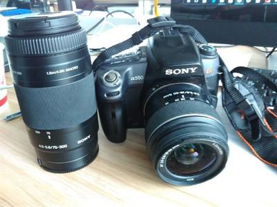 索尼 A550