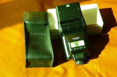 Contax 645 AF   TLA360闪光灯