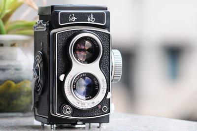 出一台性能很好的海鸥 4A 双反相机,欢迎大家进来看看!