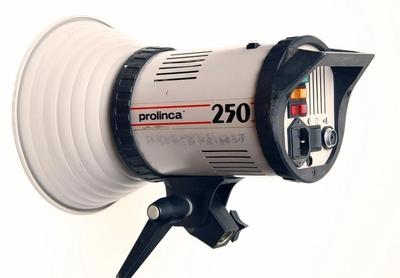 英国原厂PROLINCA 250闪光灯 9成新