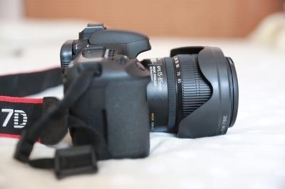 佳能 7D相机和两个镜头