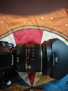 尼康 AF-S DX尼克尔 16-80mm f/2.8-4E ED VR