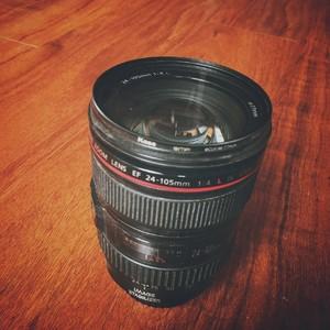佳能 EF 24-105mm f/4L IS USM 红圈镜头
