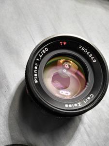 康泰时蔡司 Planar T* 50mm f/1.4 YC