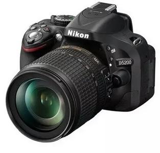 Nikon/尼康D5200单机入门级数码单反相机99新带发票无任何问题