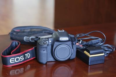 佳能 EOS 7D相机+适马镜头