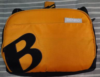 百诺(BENRO)XEN系列 纪念彼埃蒙德里安 单肩摄影背包