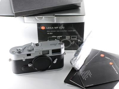 徕卡 LEICA MP 胶片相机 银色 展示未使用品