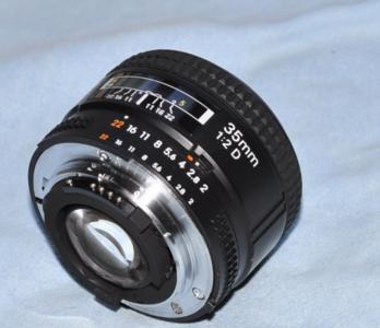 尼康 AF 35mm f/2D 自用 出售