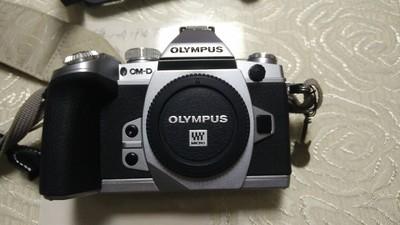 奥林巴斯 E-M1