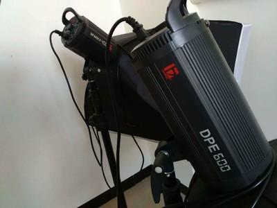 永诺 YN-560 560 闪光灯 58指数 可变焦/光控/带电池盒接口