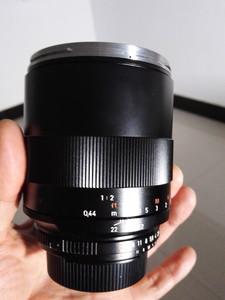 卡尔·蔡司 Planar T* 100mm f/2 ZF2手动微距镜头