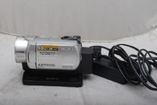 95新索尼 DCR-SR200E 硬盘摄像机(欢迎议价,支持交换)