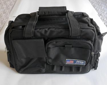 清仓价 JEEP/吉普 单反相机包 单肩摄影包 双肩摄影包 可装电脑