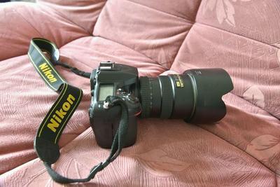 出尼康D7100+尼康皇镜17一55套机