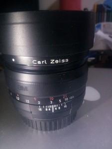 卡尔·蔡司 Planar T* 50mm f/1.4 ZE 佳能口  可以充新